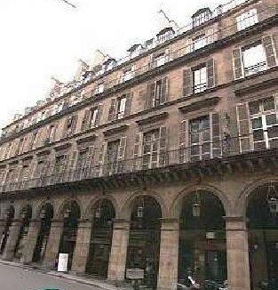 Elysee Apartments location Paris Pyramides 70m2